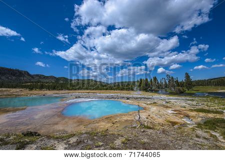 Black Opal Pool Yellowstone