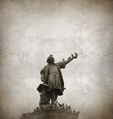 image of christopher columbus  -  Columbus Statue - JPG
