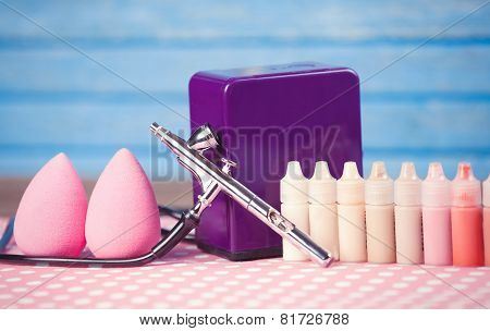 Aerograph And Beauty Blender.