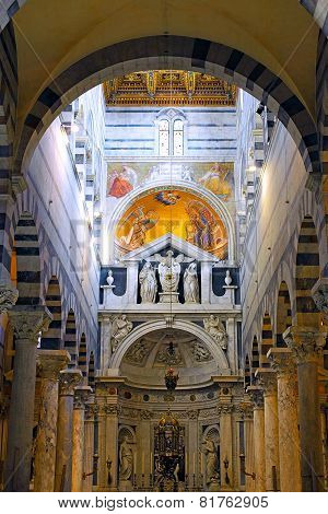 ITALY, PISA- AUGUST 21, 2010: Indoor interior of cathedral Duomo on Miracoli Square of Miracles in P