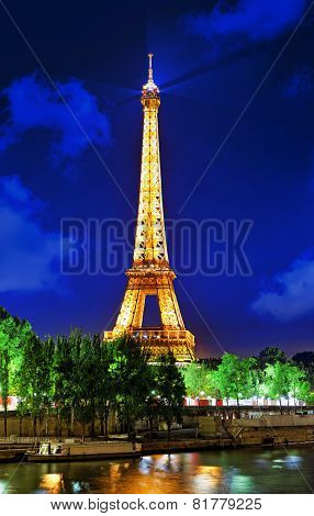 Paris - September 20. Light Performance Show On September 20, 2013 In Paris. The Eiffel Tower Stands