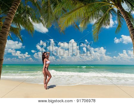 Beautiful woman on the Tropical beach of Lamai in Koh Samui island in Thailand