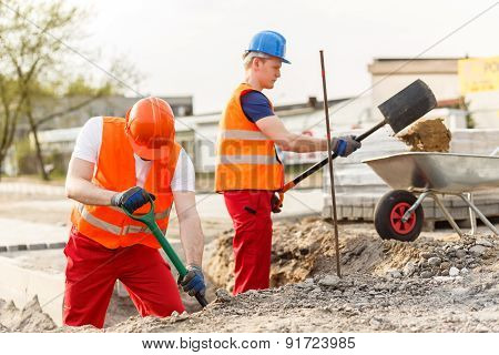Busy Young Builders