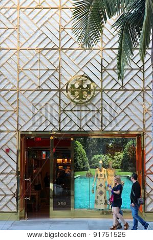 Tory Burch Fashion Store