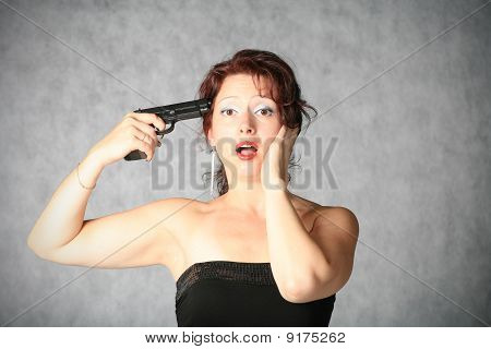 suicide of brunette