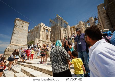 Tourists in Acropolis.