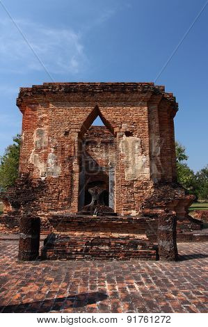 Wat Tuk, Sukhothai Historical Park, in the middle of Thailand