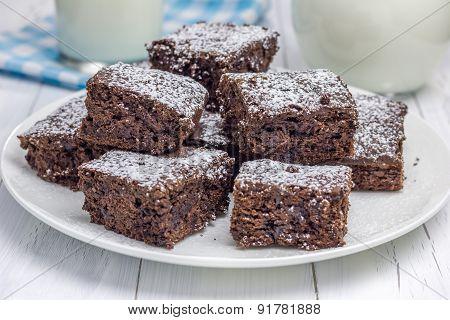 Sugar Powdered Homemade Brownies