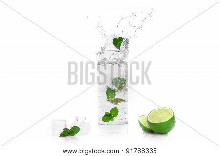 Cocktail Splashing