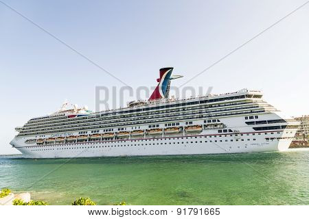 Carnival Cruise Line, Cruise Ship Leaves The Harbor