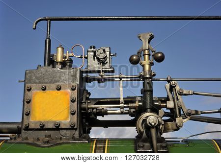 Victorian steam traction engine cylinder governor oiler and motion.