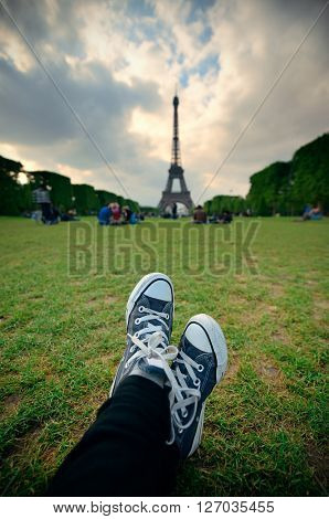 An relaxing afternoon with Eiffel Tower