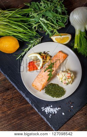 Grilled Salmon With Lemon, Herbs And Pesto