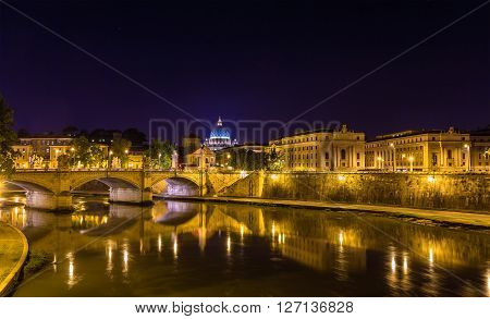 Night view of the Tiber river in Rome - Italy