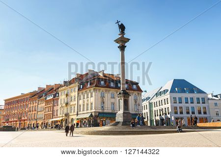 Warsaw, Poland, 13 March 2016: View Of Castle Square With Sigismund Column In The Old Town In Warsaw