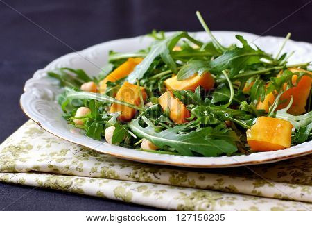 Salad With Arugula, Pumpkin And Chickpeas