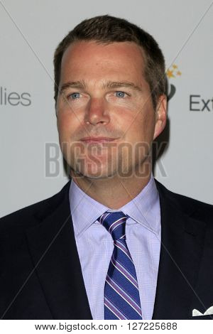 LAS VEGAS - APR 20:  Chris O'Donnell at the Extraordinary Families Gala at the Beverly Hilton Hotel on April 20, 2016 in Beverly Hills, CA