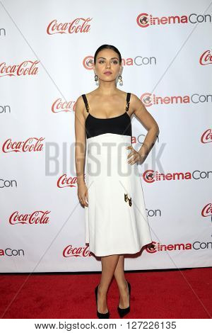 LAS VEGAS - APR 14:  Mila Kunis at the CinemaCon Awards Gala at the Caesars Palace on April 14, 2016 in Las Vegas, CA