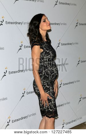 LAS VEGAS - APR 20:  Daniela Ruah at the Extraordinary Families Gala at the Beverly Hilton Hotel on April 20, 2016 in Beverly Hills, CA