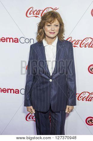 LAS VEGAS - APRIL 14 : Actress Susan Sarandon recipient of the Cinema Icon Award attends the CinemaCon Big Screen Achievement Awards at The Caesars Palace on April 14 2016 in Las Vegas