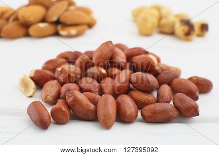 Raw Peanuts Or Arachis