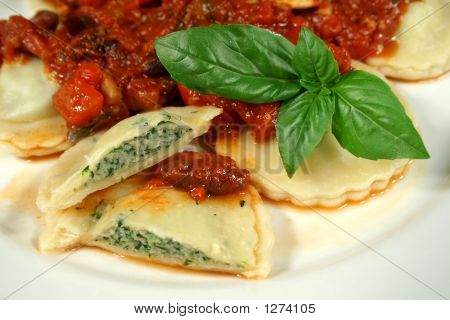 Delicious Chicken And Spinach Ravioli