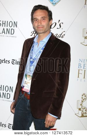LOS ANGELES - APR 25:  Chris Cordone at the Stevie D West Coast Premiere at the Newport Beach Film Festival at the Island Cinema on April 25, 2016 in Newport Beach, CA