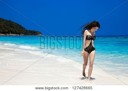 Brunette Woman On Tropical Beach. Summer Vacation. Happy Girl Walking On Exotic Seashore Island, Mod