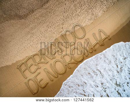 Fernando de Noronha written on the beach