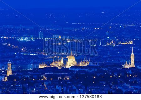 Skyline of Budapest with Buda Castle, Matthias Church and Parliament Building, Budapest, Hungary