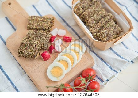 Home made healthy crisp bread with vegetables and egg