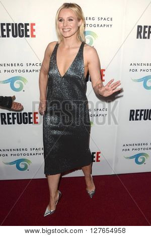 LOS ANGELES - APR 21:  Kristen Bell at the Annenberg Space for Photography presents REFUGEE at the Annenberg Space for Photography on April 21, 2016 in Century City, CA