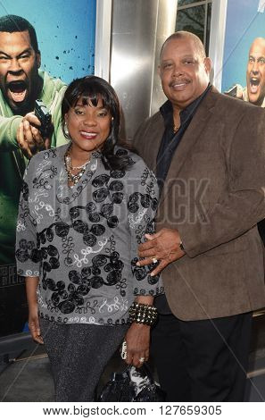LOS ANGELES - APR 21:  Loretta Devine at the KEANU Los Angeles Premiere at the ArcLight Hollywood Theaters on April 21, 2016 in Los Angeles, CA
