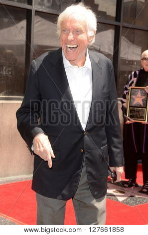 LOS ANGELES - APR 28:  Dick Van Dyke at the Bairbara Bain Hollywood Walk of Fame Star Ceremony at the Hollywood Walk of Fame on April 28, 2016 in Los Angeles, CA