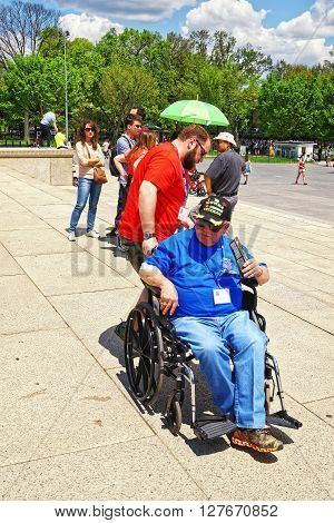 War Veteran At Lincoln Memorial Washington