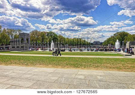 War Veterans On National World War 2 Memorial