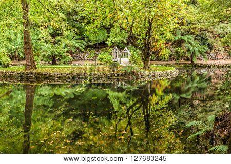 Alfred Nicholas Memorial Gardens Lake