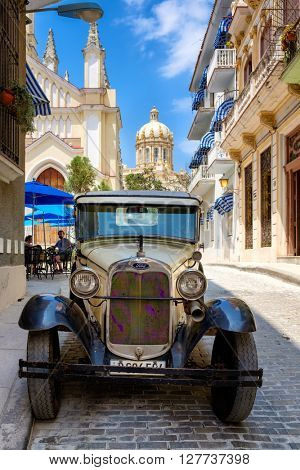 HAVANA,CUBA- APRIL 26,2016 : Classic Ford Model T car on a cobblestone street in Old Havana