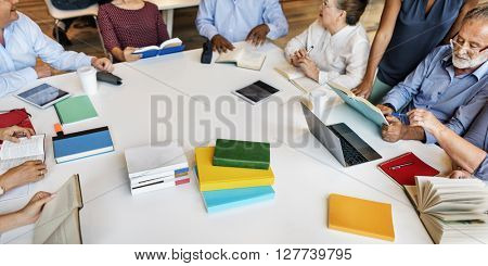 Meeting Sharing Brainstorming Analysis Opinion Concept