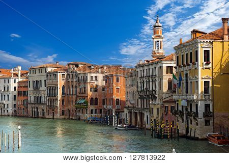 The Canal Grande (grand canal) seen from the Rialto Bridge in Venezia (Venice UNESCO world heritage site) Veneto Italy