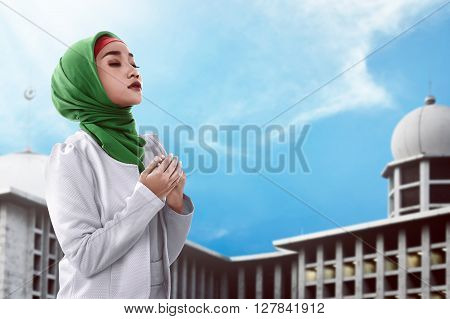 Asian Muslim Woman Praying