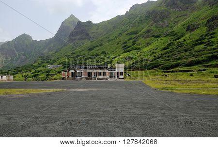 Airport Under Cliff