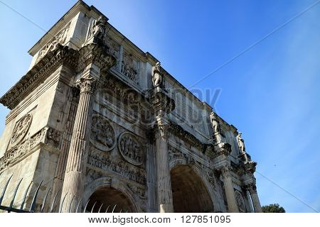 One of the most famous archs in Rome, this one is set right next to the Colosseum and is called Arch of Constantine