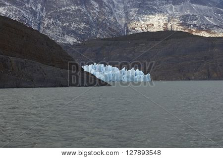 Glacier Grey flowing into Lago Grey in Torres del Paine National Park, Magallanes, Chile
