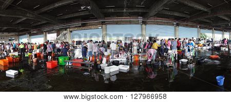 Busy Fish Market In Southern Taiwan