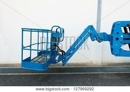 Bucket and arm boom lift, Heavy equipment.