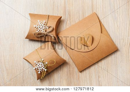 Boxes for Christmas gifts with kraft paper.