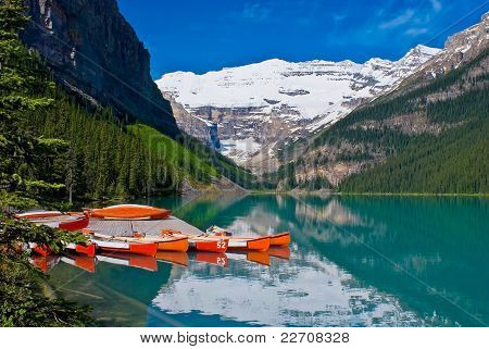 Canoas ancoradas, Lake Louise, Banff National Park