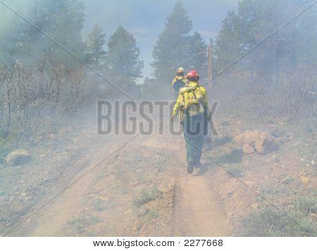 Wandelen naar het vuur