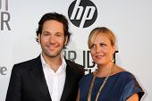 LOS ANGELES - AUG 16:  Paul Rudd; Gloria Rudd arriving at the